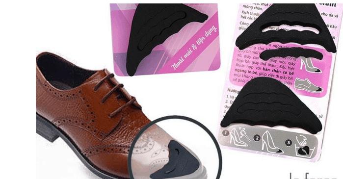 Mút xốp cũng giúp chữa giày bị rộng hiệu quả