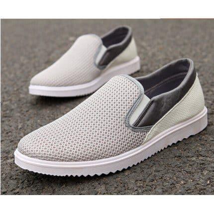 Giày lười nam thoáng khí tạo sự thông thoáng khi sử dụng