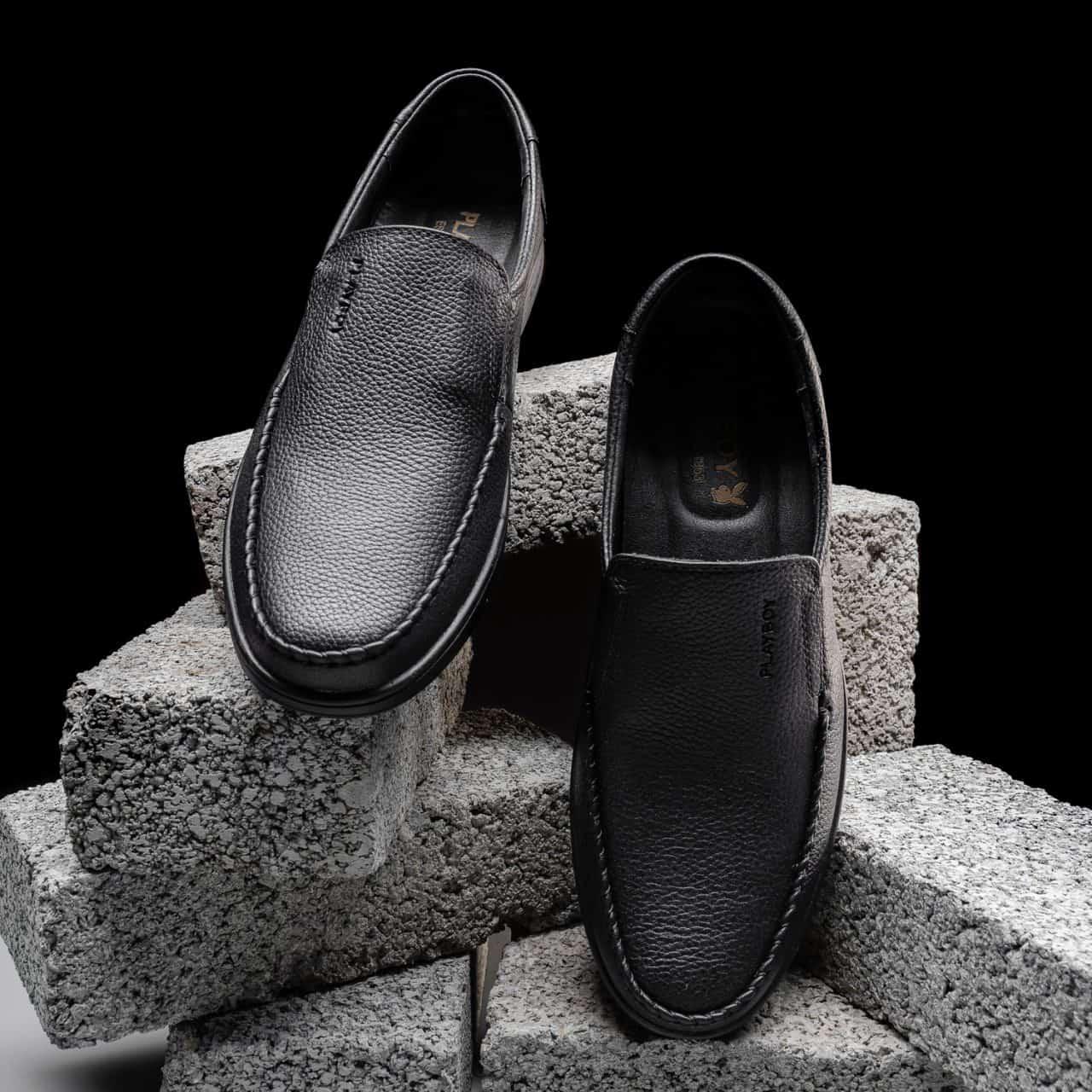 Giày lười da bò thể hiện phong cách riêng của bạn
