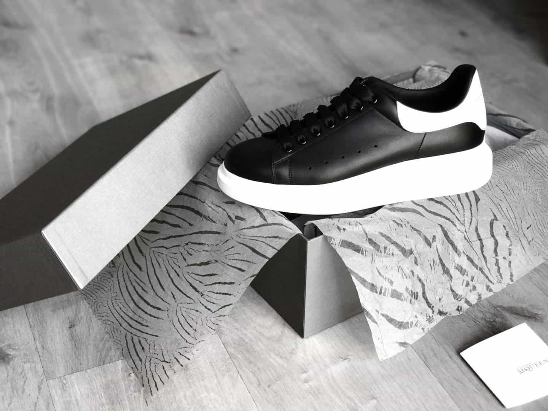 Giày Alexander McQueen có nhiều nét độc đáo ai cũng muốn sở hữu