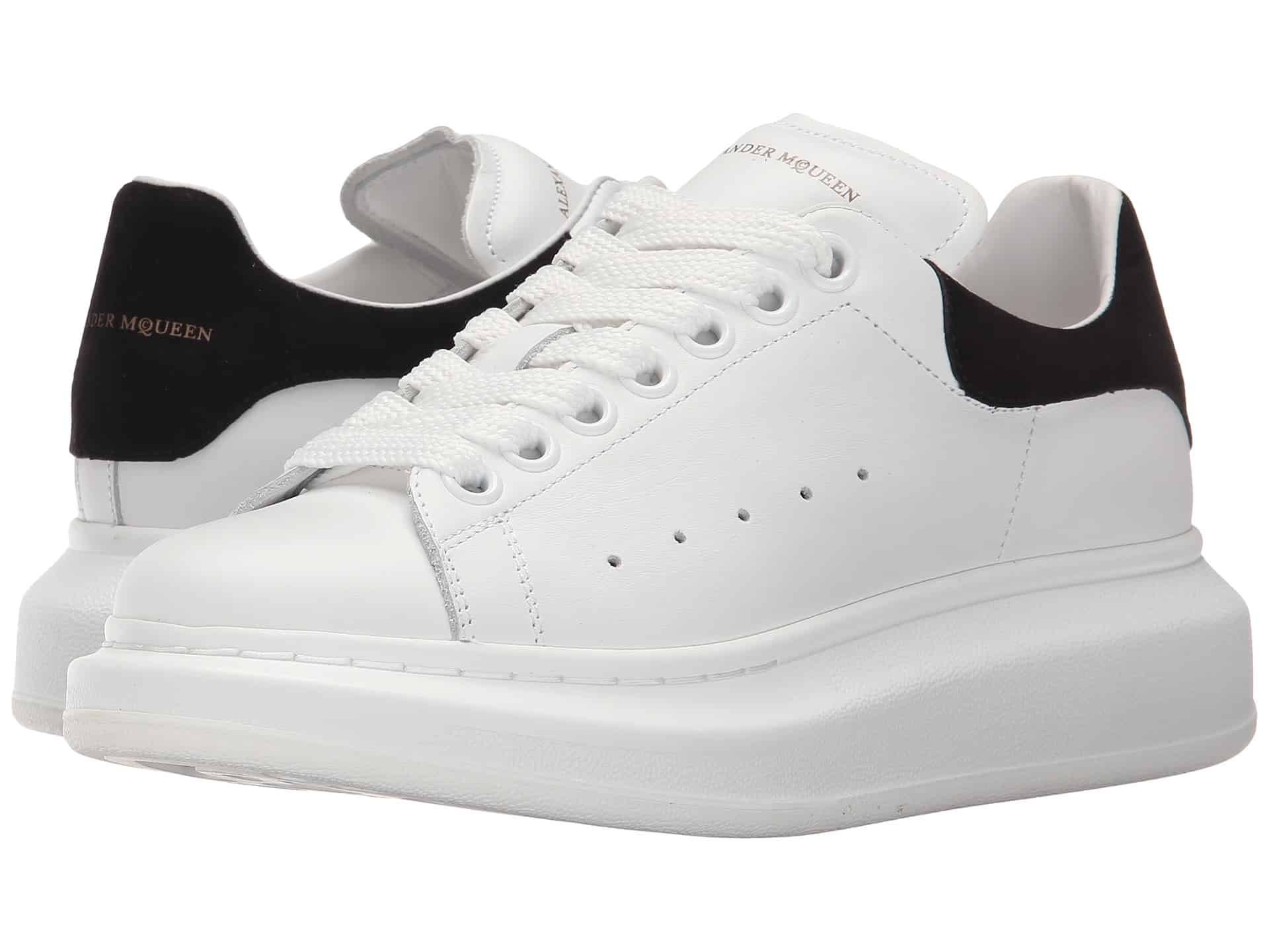 Giày Alexander McQueen Oversized có thiết kế gót cao độc đáo, mới lạ