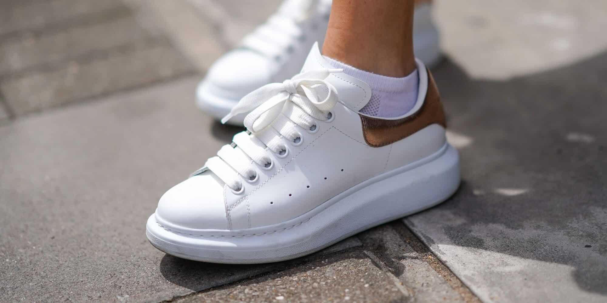 Giày Alexander McQueen là dòng Sneaker cao cấp có giá cao ngất ngưởng