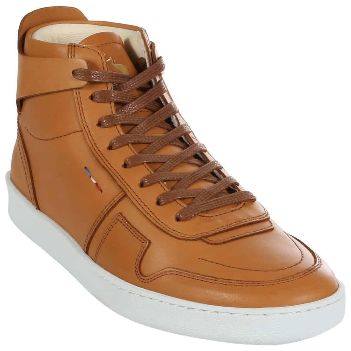 Giày Le Coq Sportif Prestige được thiết kế dành riêng cho phái nam