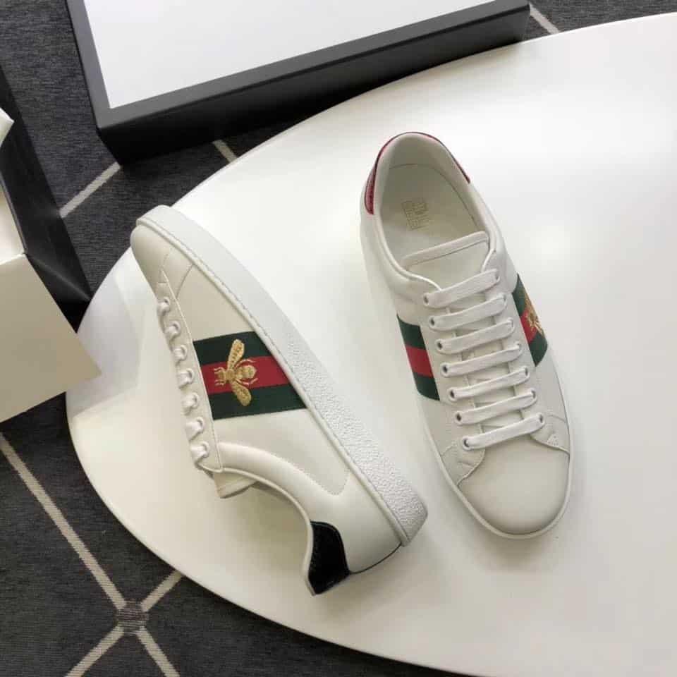 Giày Gucci Bee mang nét đẹp đơn giản sang trọng
