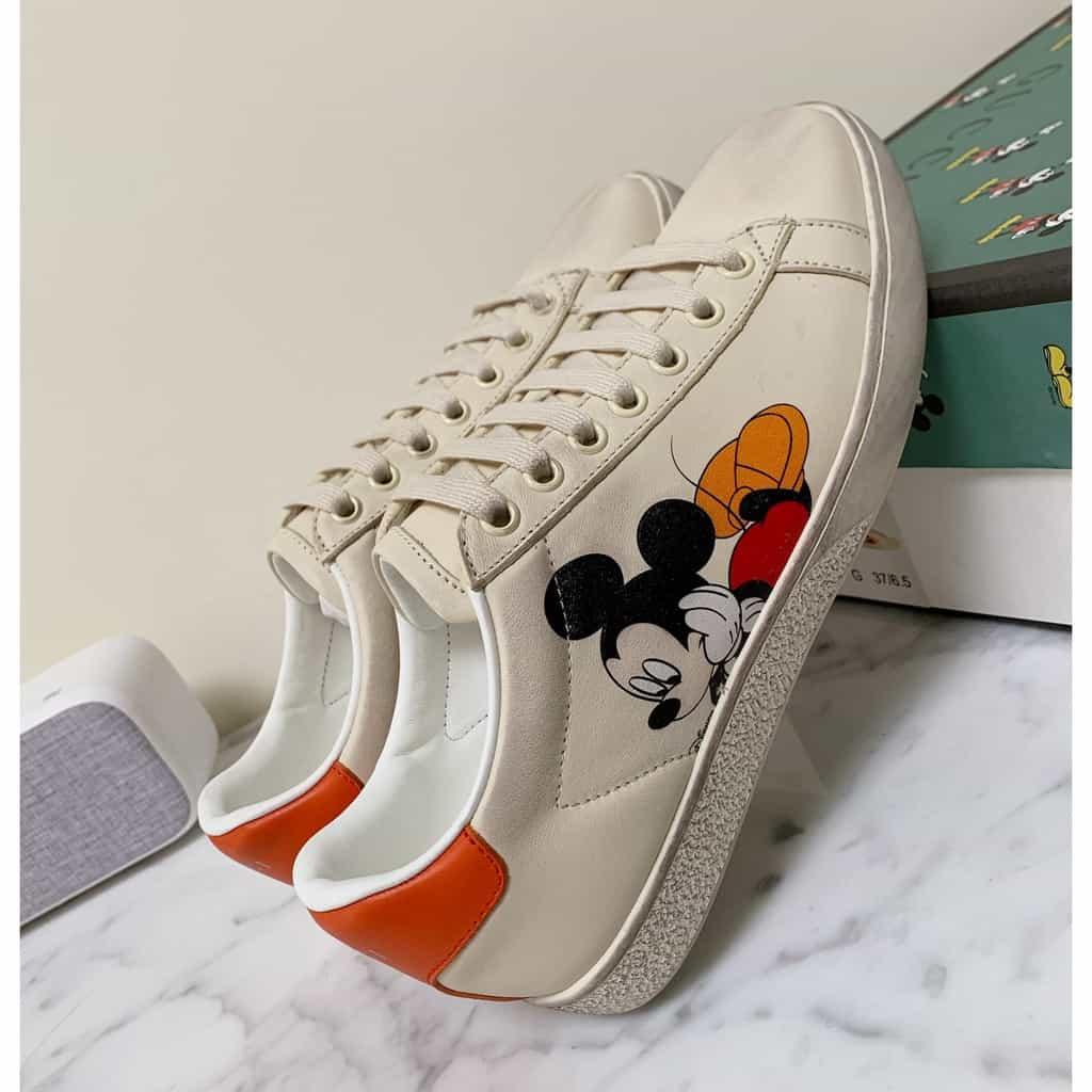 Giày Gucci Ace Mickey thể hiện phong cách năng động, cá tính