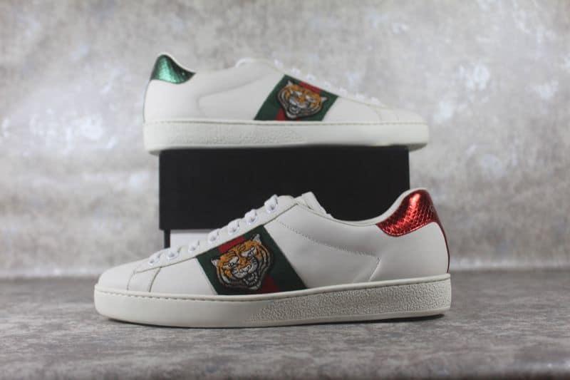 Giày Gucci Ace Tiger đem đến sự cá tính, năng động, mạnh mẽ