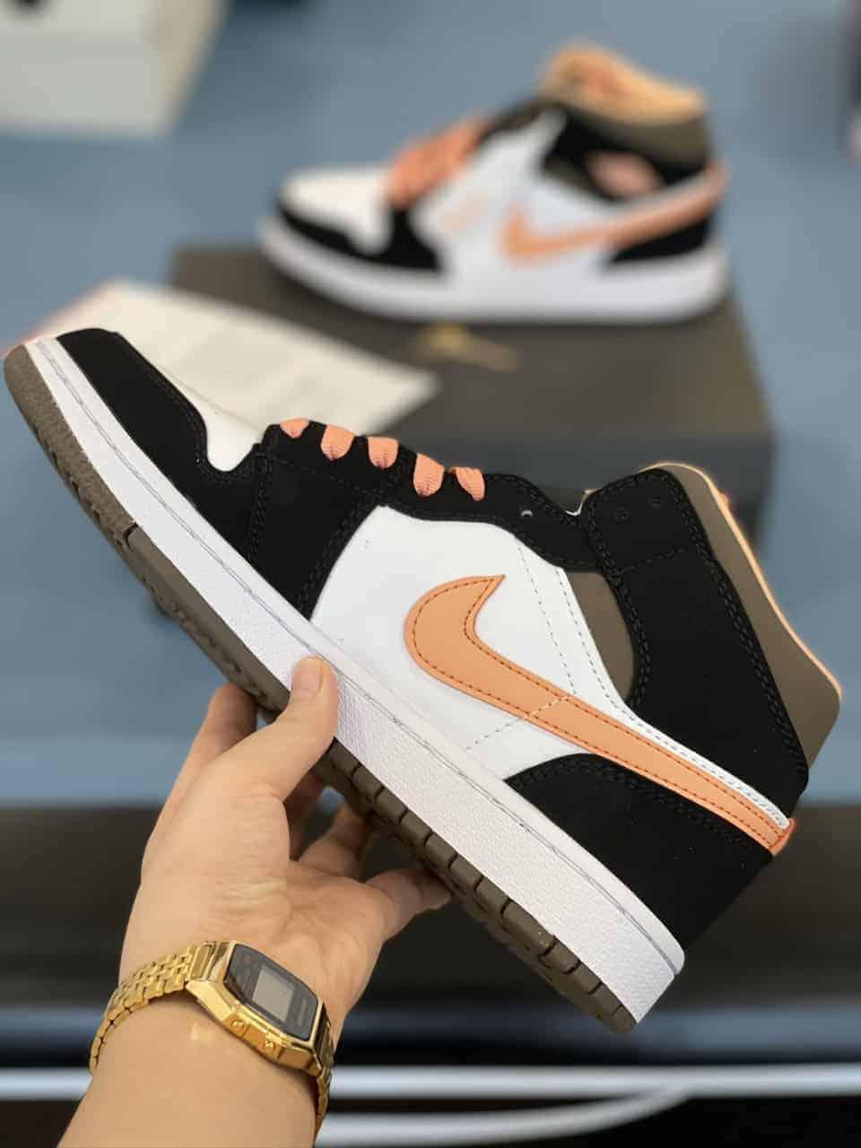 Jordan 1 Mid PEACH MOCHA Rep 1:1 xứng đáng là lựa chọn nên ưu tiên của mọi tín đồ mê giày