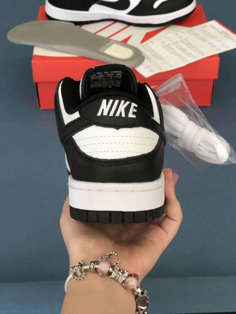 Nike SB Dunk Panda Rep 1:1 là lựa chọn nên ưu tiên với mọi đối tượng khách mua