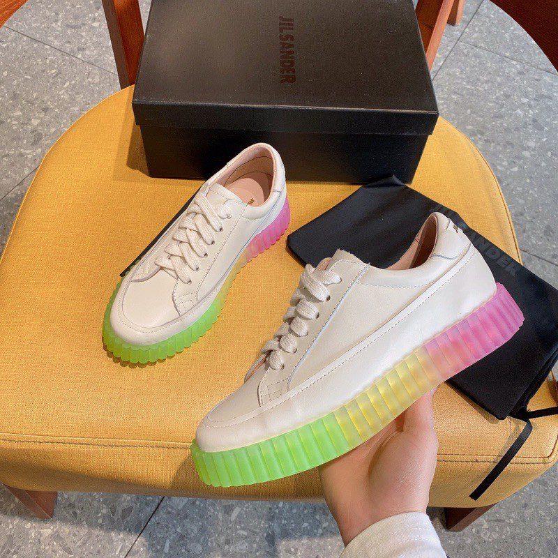 Đôi giày thể thao slip-on Jil Sander đầy thời trang